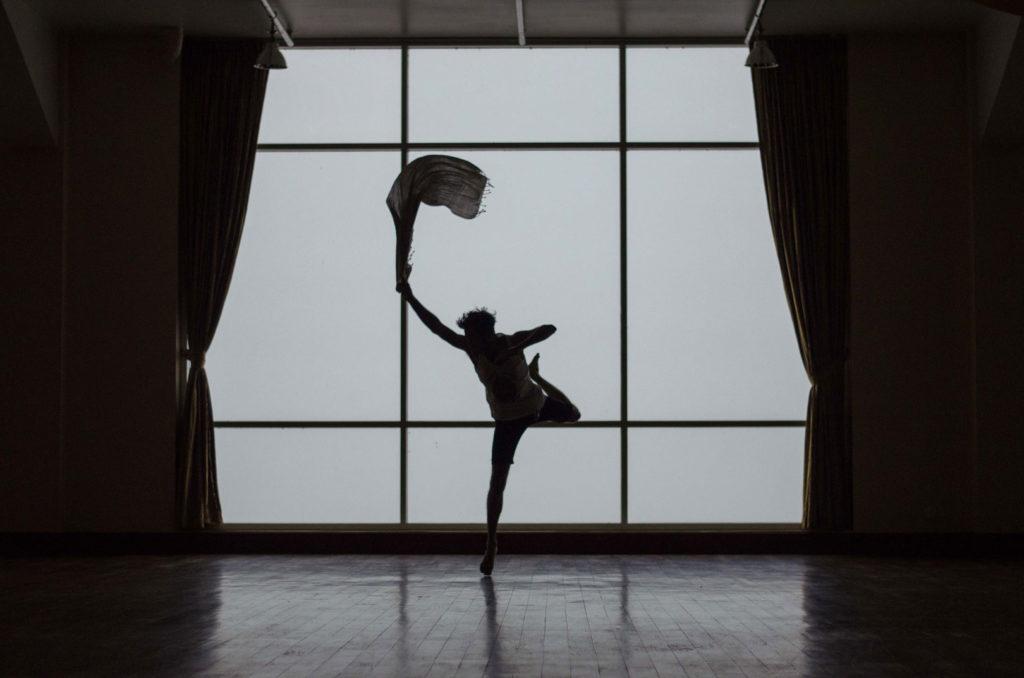 perfekcjonizm mezczyzna tanczacy w balecie